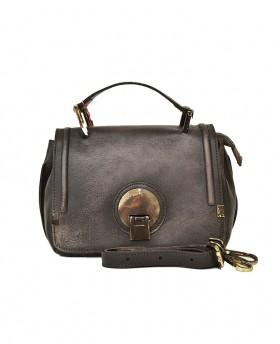 Vintage style hand bag